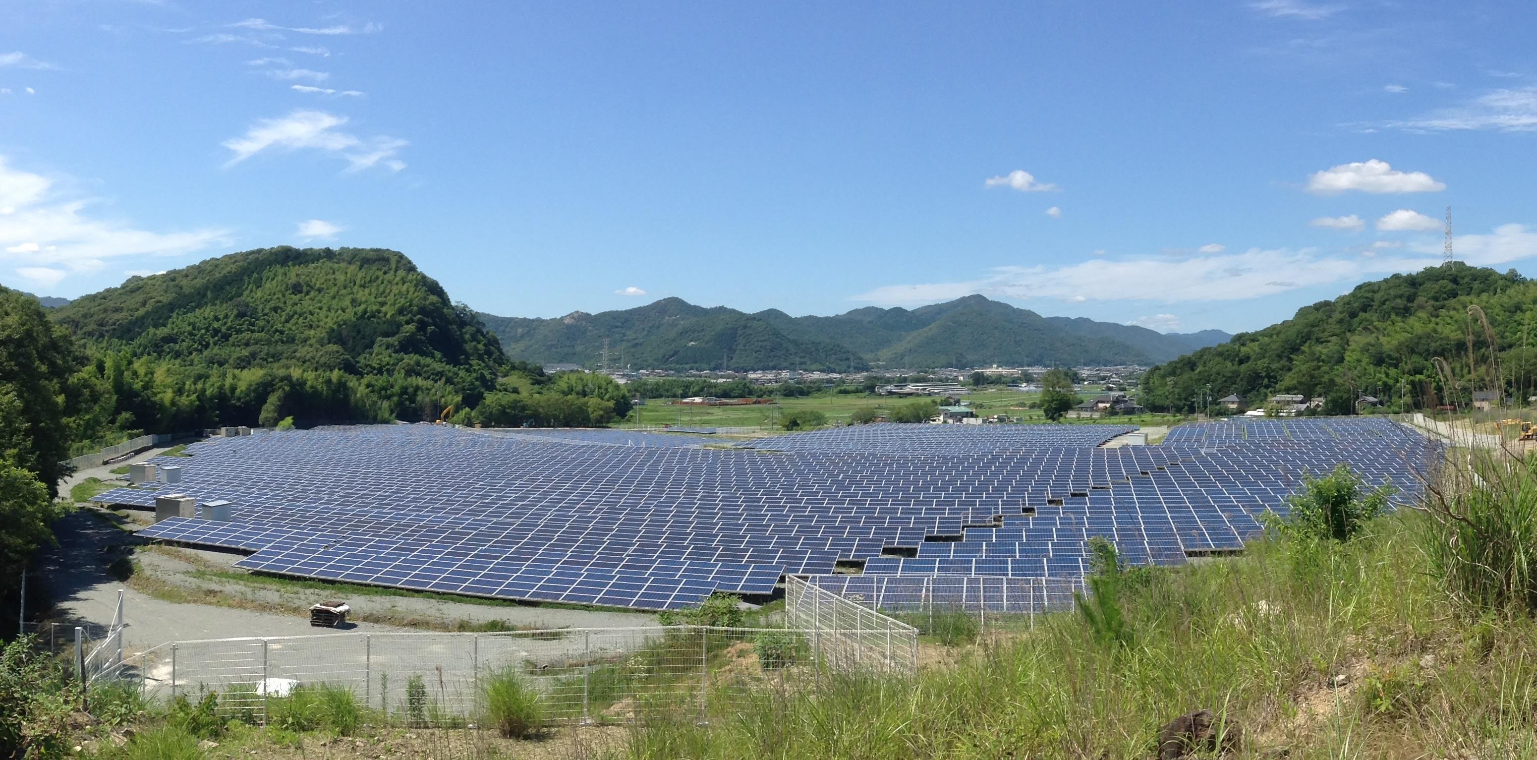 たつの 2.2MW 太陽光発電所画像